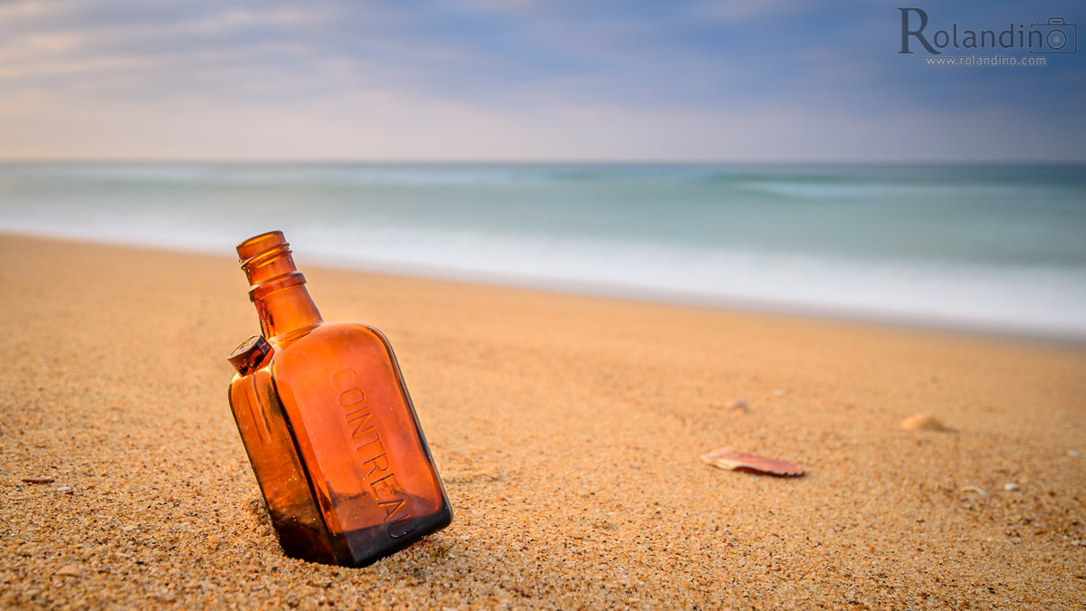Cointreau-bottle-beach-rolandino.com-3949